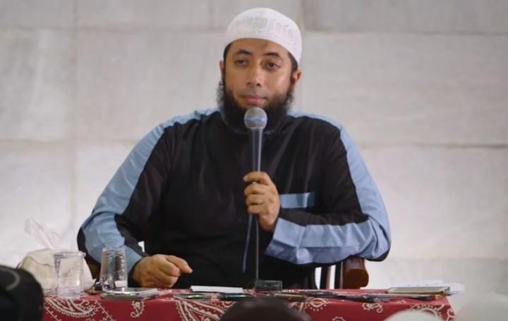 Tausiah Ustadz Khalid Basalamah, Manusia Selamat karena Allah SWT